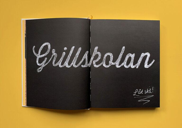 """Uppslag med kapitelstart med titeln """"Grillskolan"""" i boken """"Alla älskar grillat"""" av Christian Hellberg"""