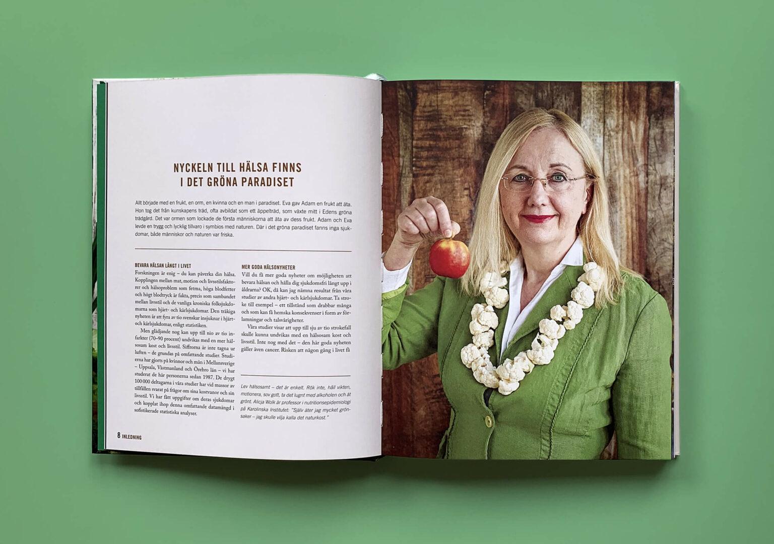 """Uppslag med författarporträtt på Alicja Wolk i boken """"En grön kärleksaffär"""""""